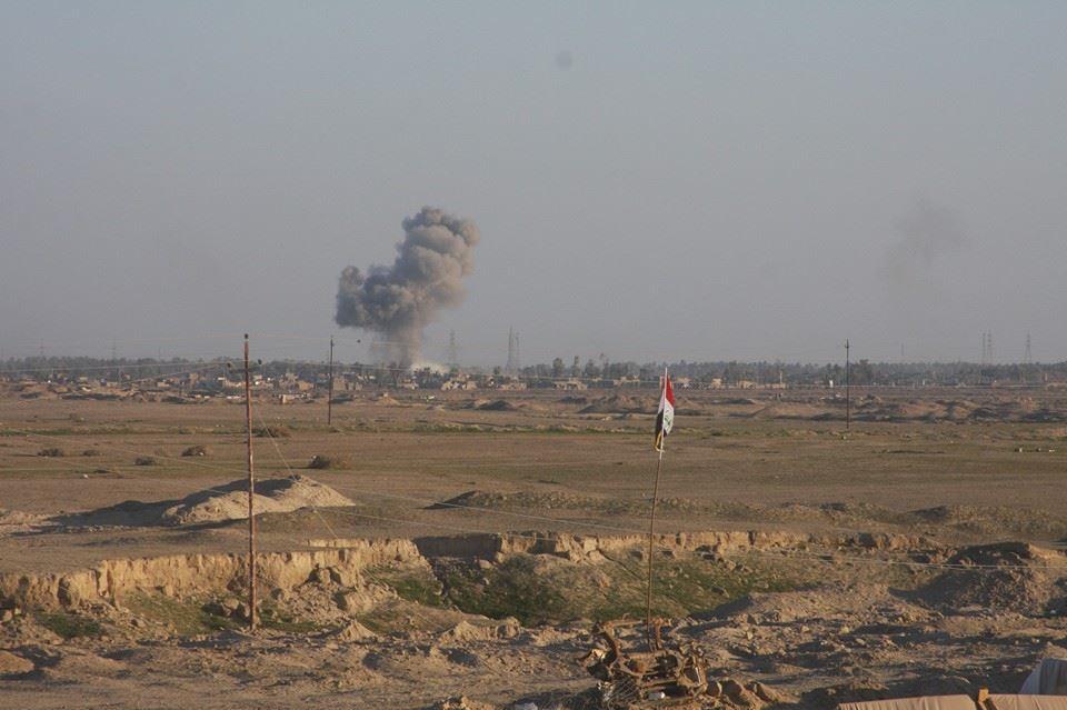 """قصف صاروخي يدمر مخازن عتاد ومواضع لـ""""داعش"""" في جزيرة هيت"""
