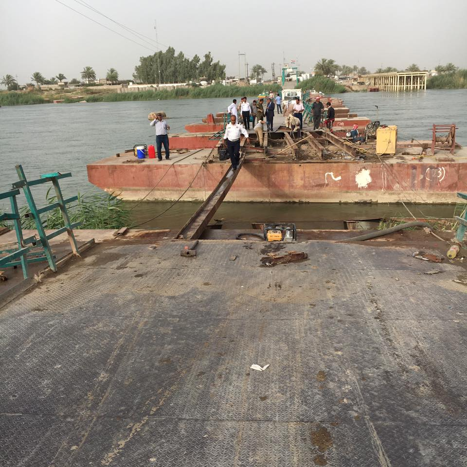 قائممقام الرمادي: قطع جسر بزيبز منع مئات الاسر النازحة من العودة للأنبار