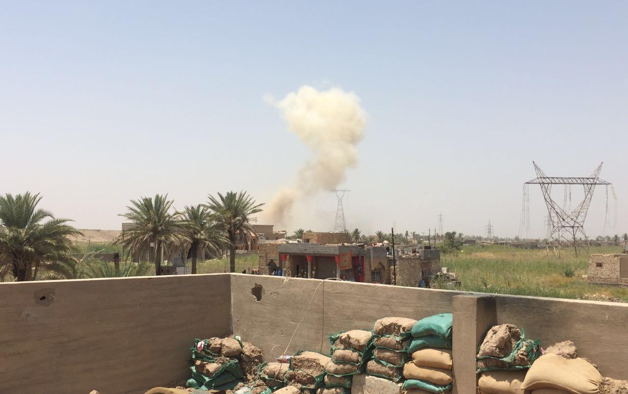 """عمليات الانبار تعلن تدمير بناية ومستودع ومخزن لـ""""داعش"""" شمال الرمادي"""