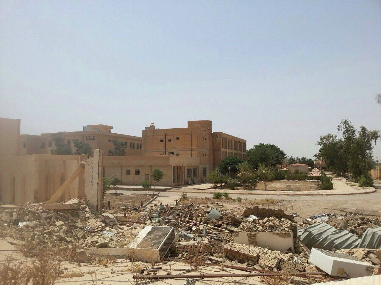 جامعة الأنبار تعلن قرب الانتهاء من مرحلة إزالة الألغام والشروع بإعادة إعمارها