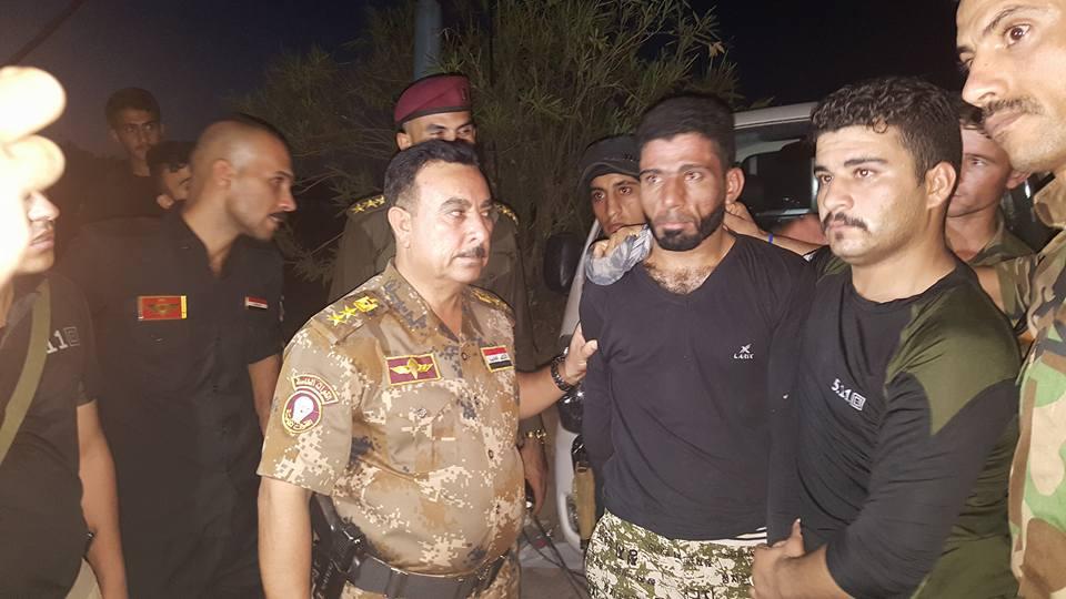 """مقاتلو العشائر يعتقلون اثنين من عناصر """"داعش"""" بالرمادي"""