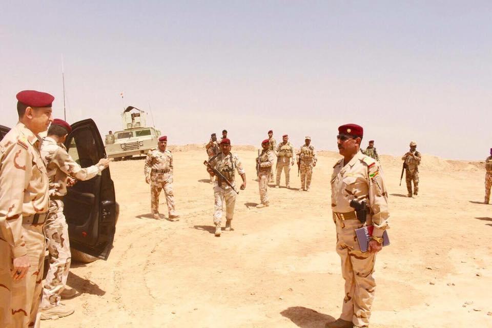 الغانمي يصل قاعدة الأسد لمناقشة تحرير جزيرتي هيت والبغدادي