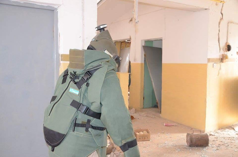 الجهد الهندسي بالجيش يطهر 150 منزلا في الفلوجة