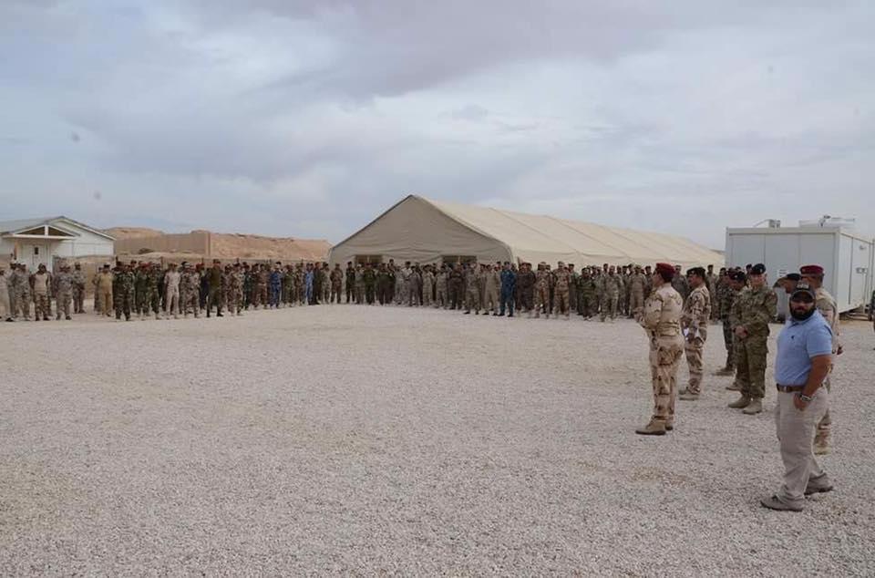 تخرج فوج من حرس حدود العراق لمسك منفذ الوليد مع سوريا