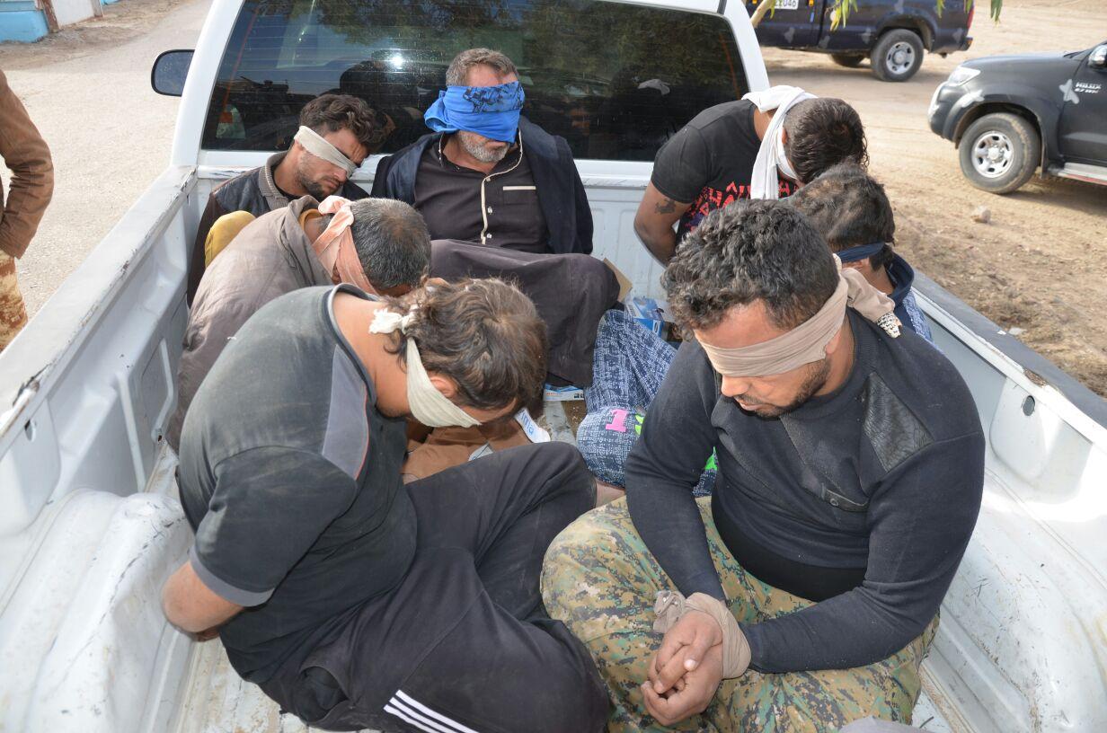 مجلس العامرية بالانبار يعلن اعتقال 76 مشتبها به وضبط 12 عجلة مسروقة