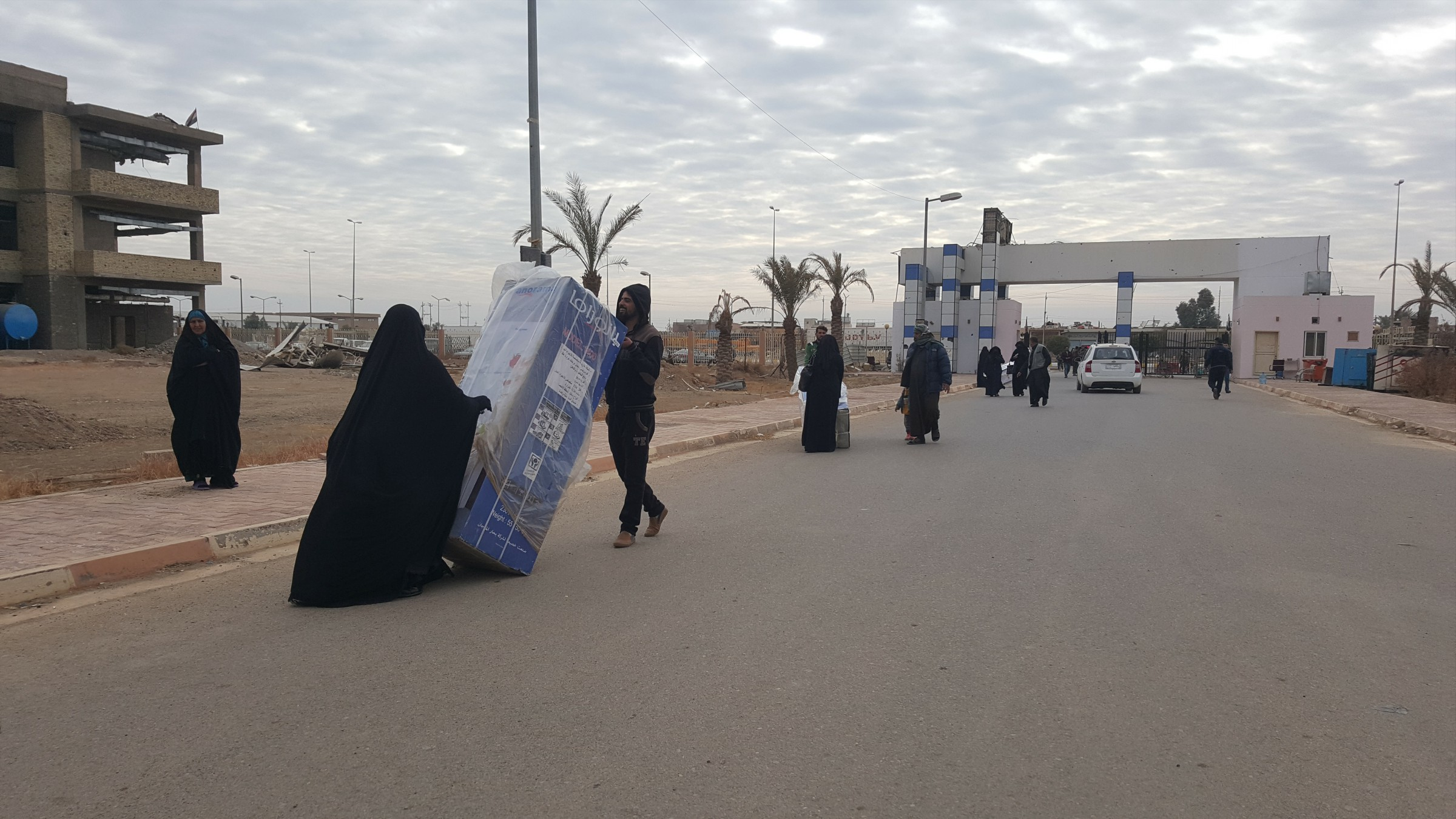مساعدات كويتية للأرامل والمطلقات في الفلوجة