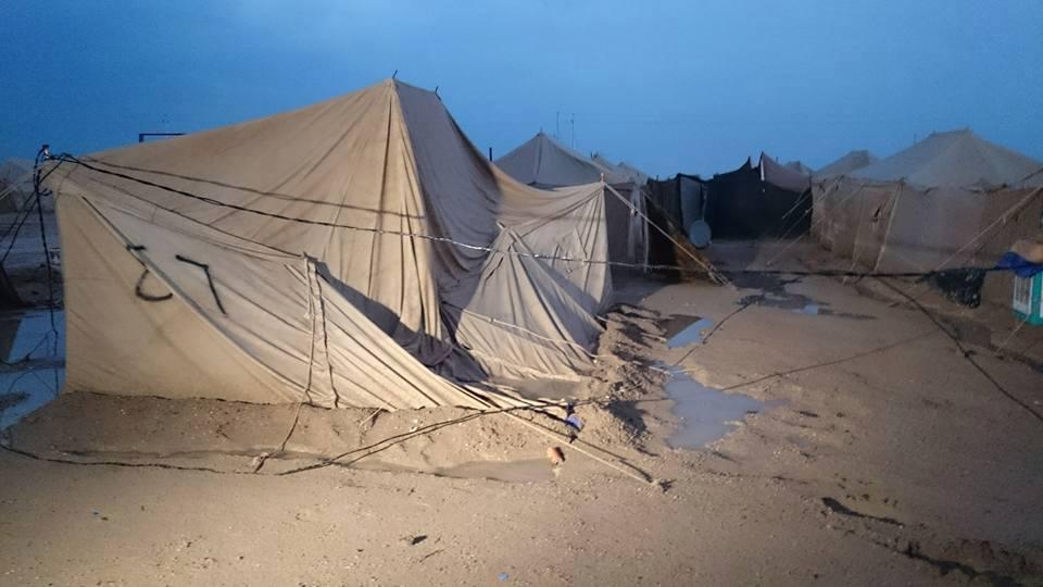 بالصور.. مخيمات النازحين تغرق في الخالدية شرق الرمادي