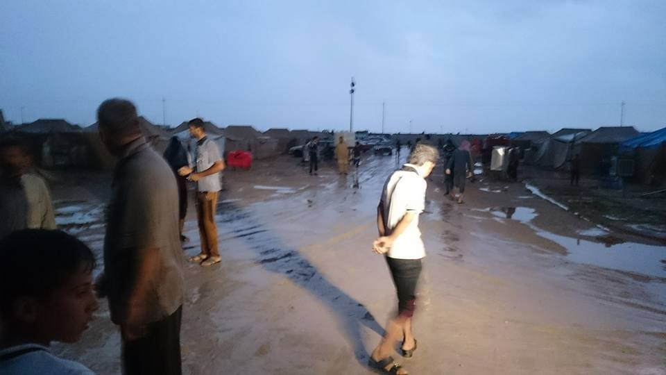غرق مخيم الأنبار للنازحين والهجرة تباشر باستبداله