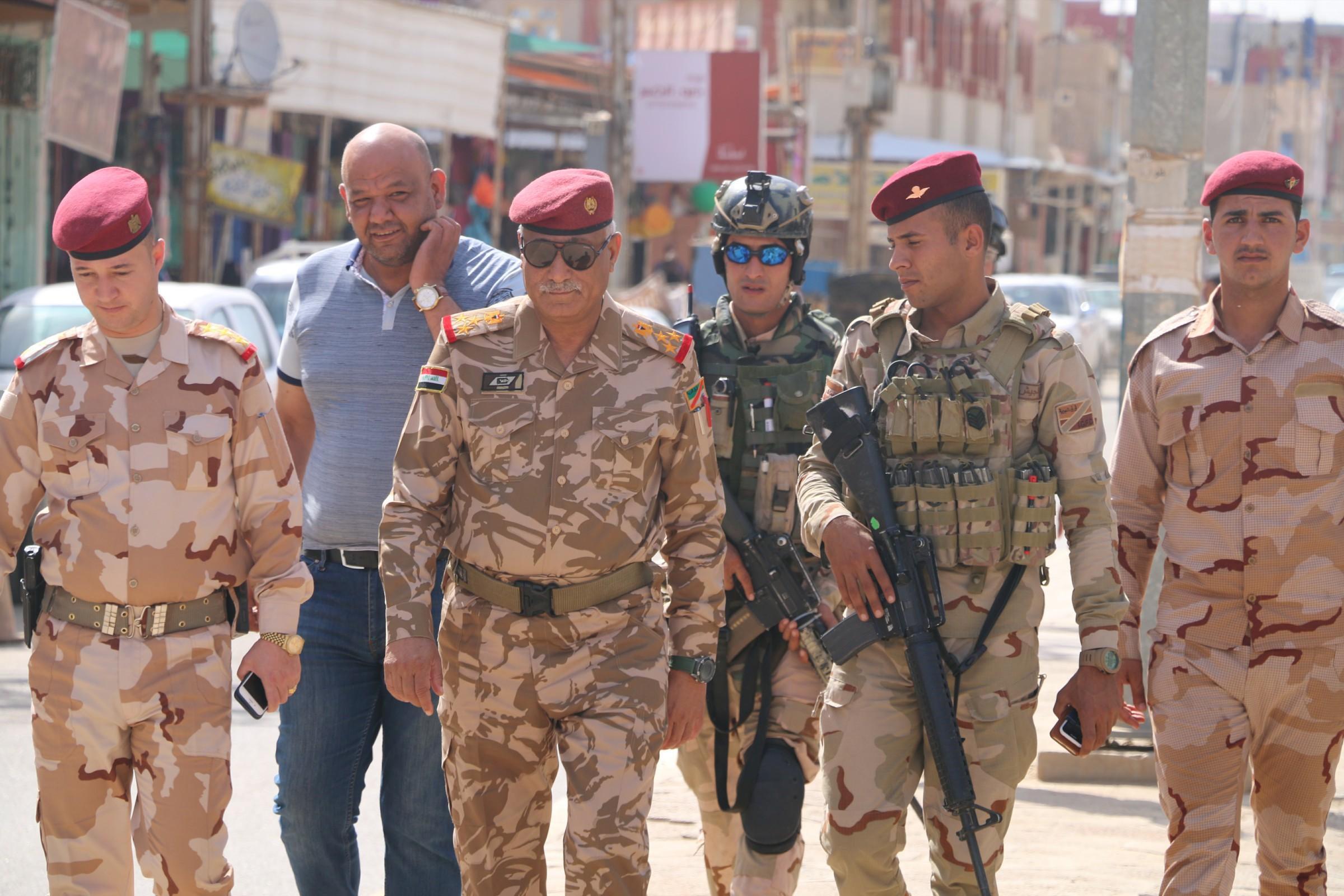 """قائد بالجيش يؤكد الوصول لخلايا نائمة لـ""""داعش"""" بالانبار من خلال تعاون الاهالي"""