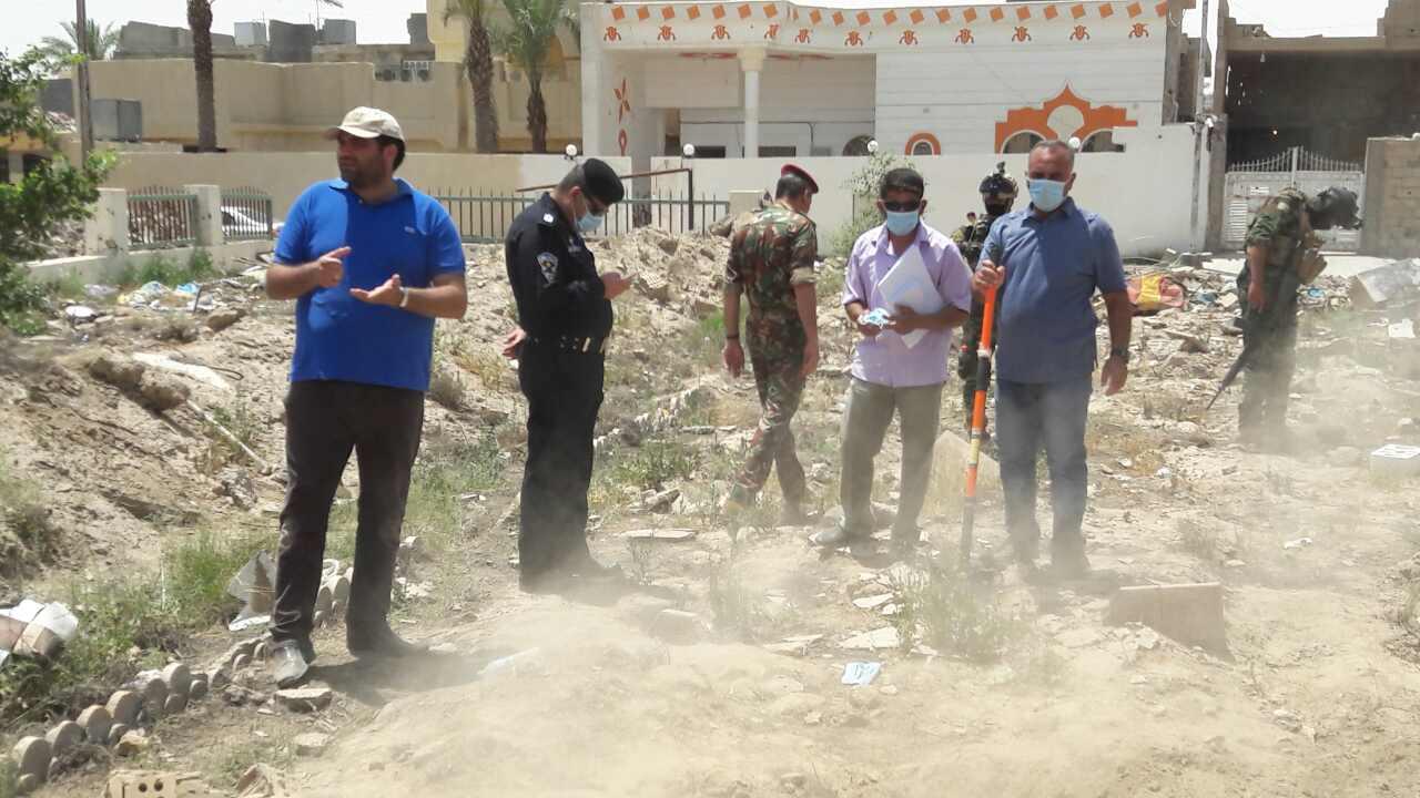 العثور على ثلاث مقابر تضم رفات مدنيين وعسكريين بالأنبار
