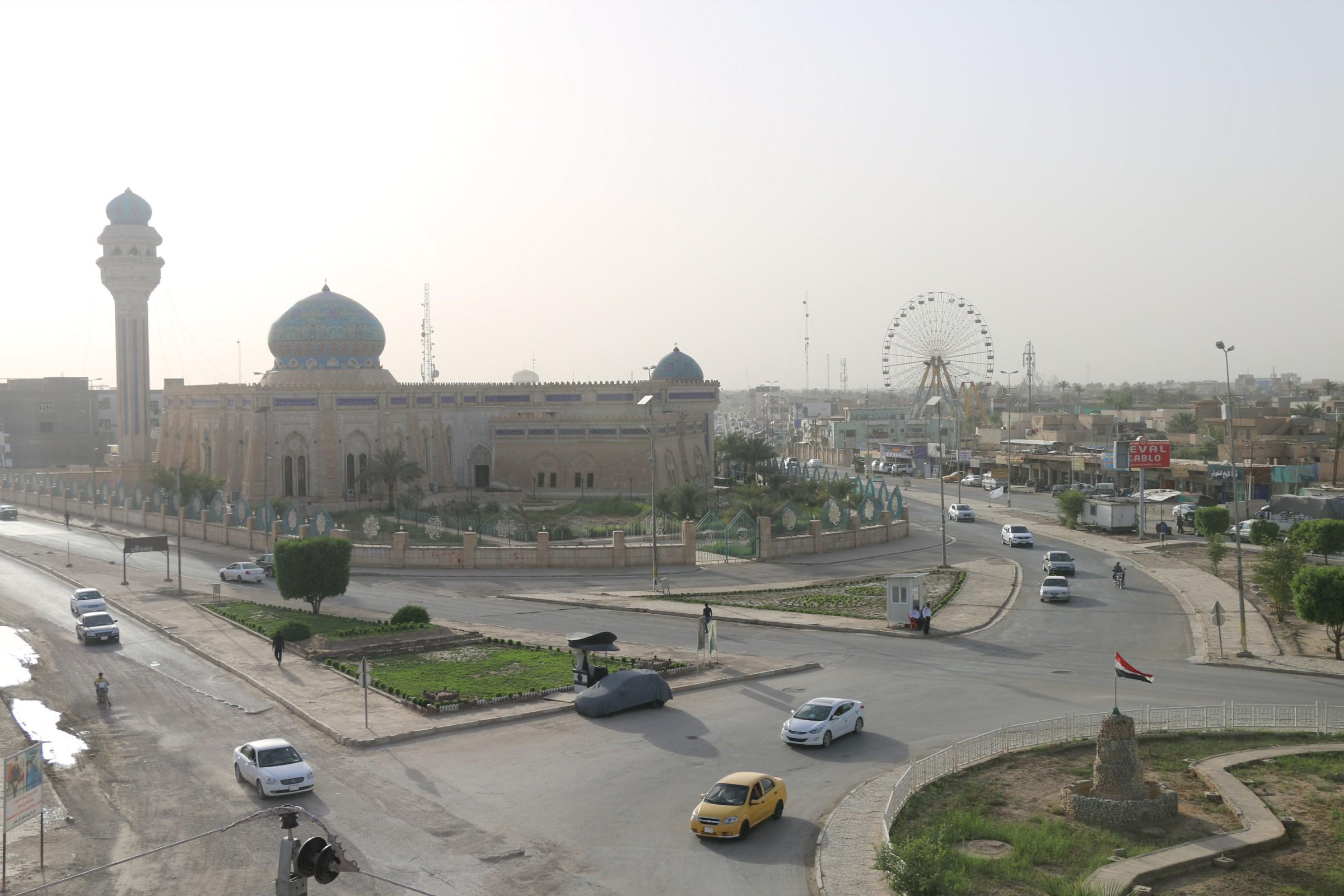 الزاملي وقائد حرس الحدود يتفقدان القطعات الامنية بين الرطبة وطريبيل