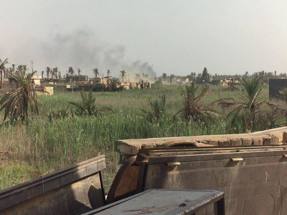 """طيران التحالف يدمر ست مضافات لـ""""داعش"""" في القائم غربي الأنبار"""
