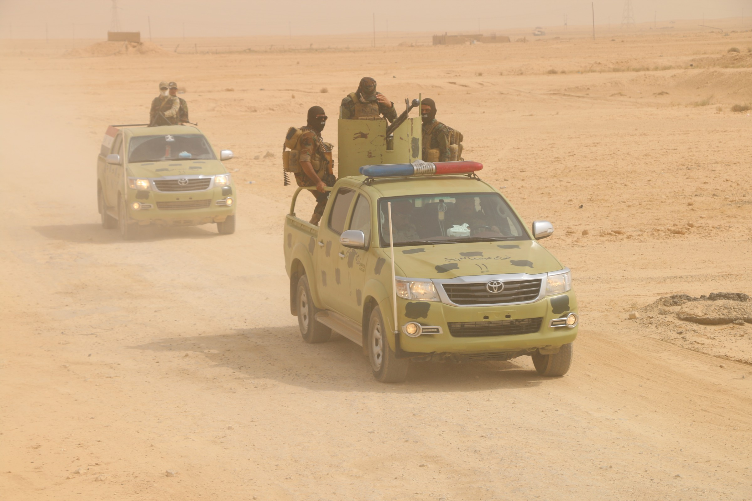 """القوات الأمنية والعشائر تقتل انتحاريا من """"داعش"""" تسلل لمنطقة الكسارة"""