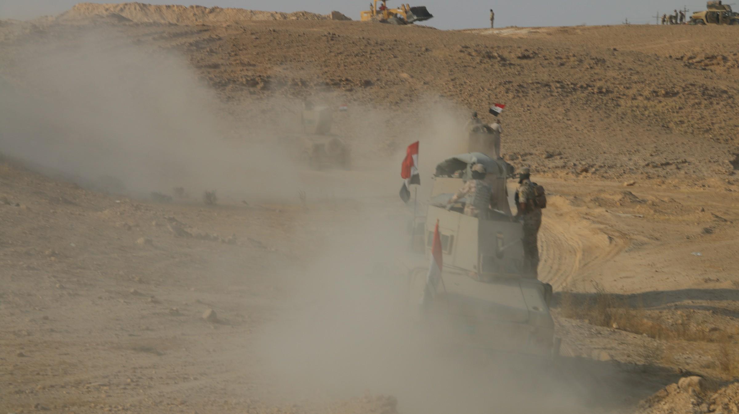 الجيش يزيل خط الصد بين عنة وراوة غربي الأنبار