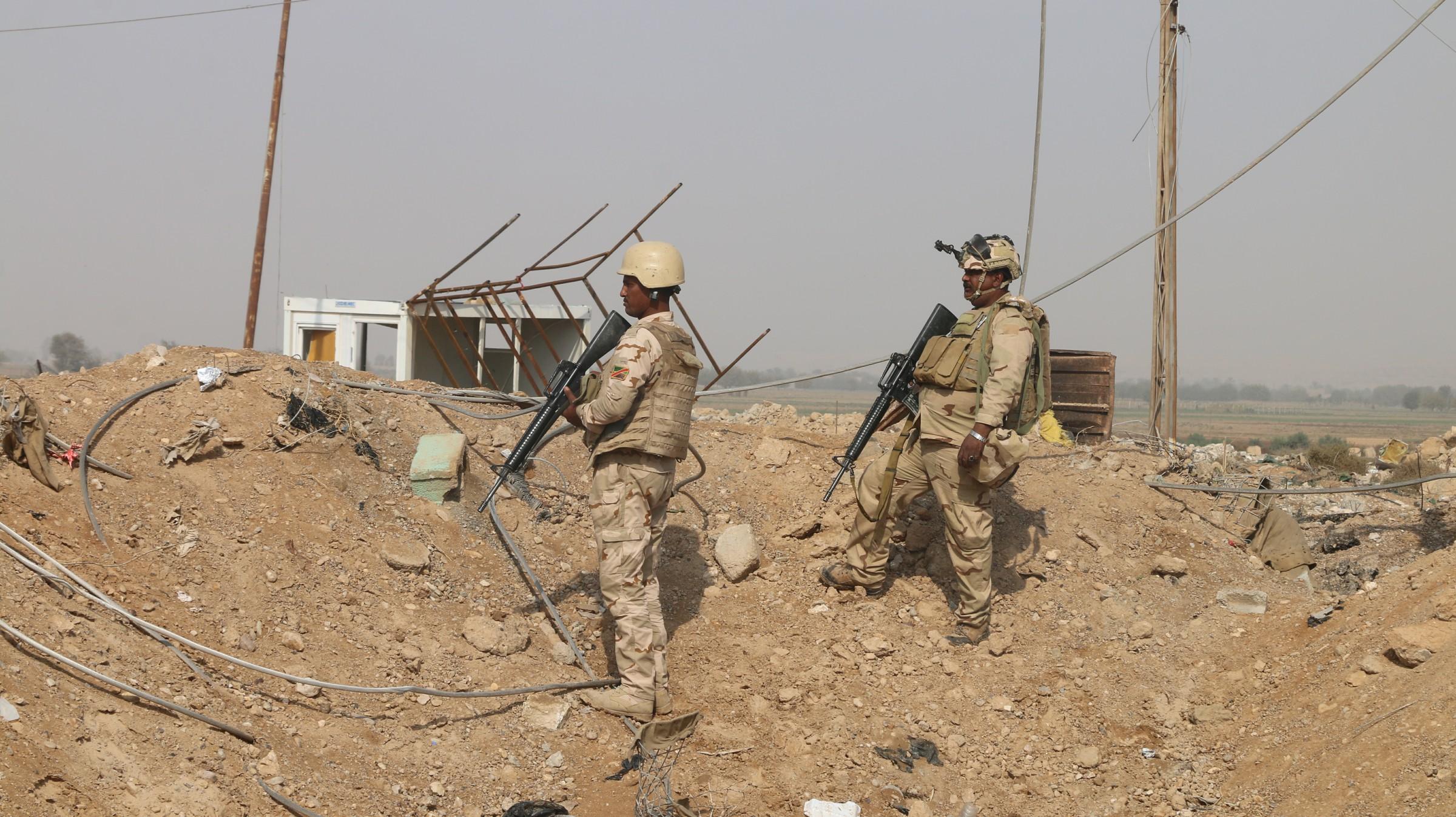بالصور .. هكذا تبدو الحدود العراقية السورية غرب القائم