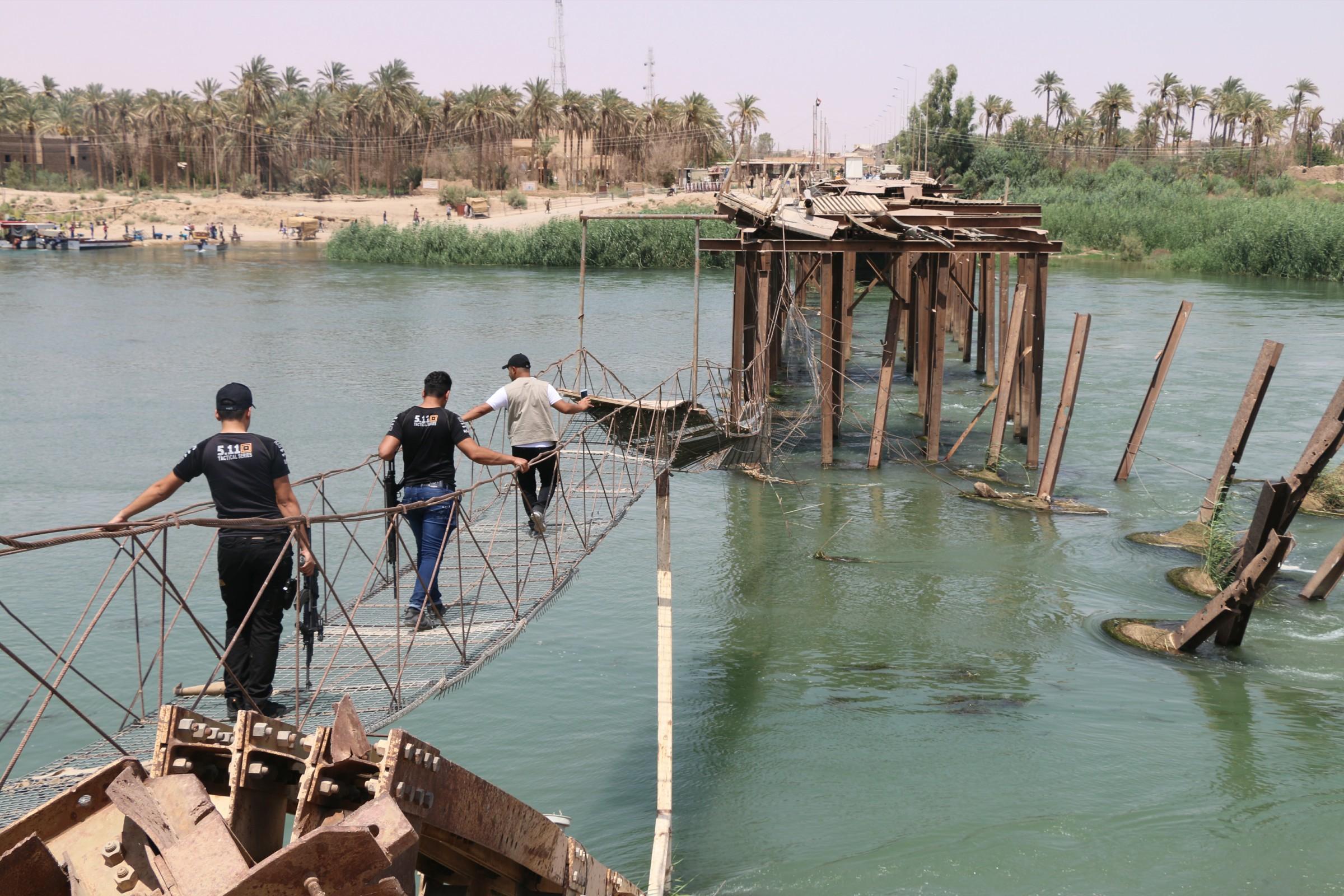 إحالة جسر هيت الحديدي الى الاعمار بكلفة أكثر من مليار دينار