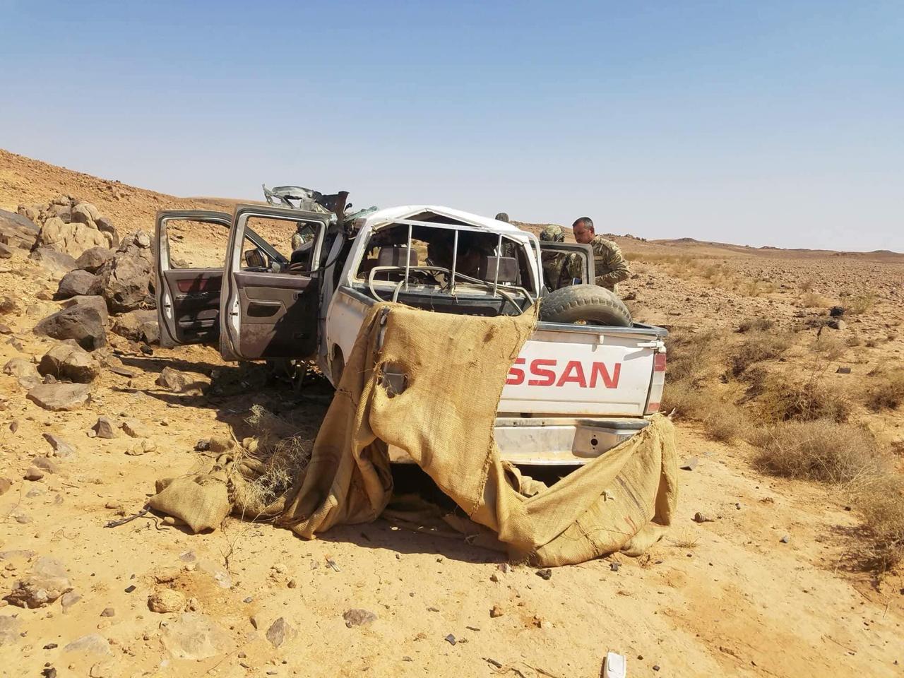 """بالصور… الفوج التكتيكي يدمر معسكر """"الشيخين"""" لداعش"""
