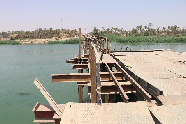 """شرحبيل العبيدي يعلن قرب افتتاح جسر """"هيت الحديدي"""""""