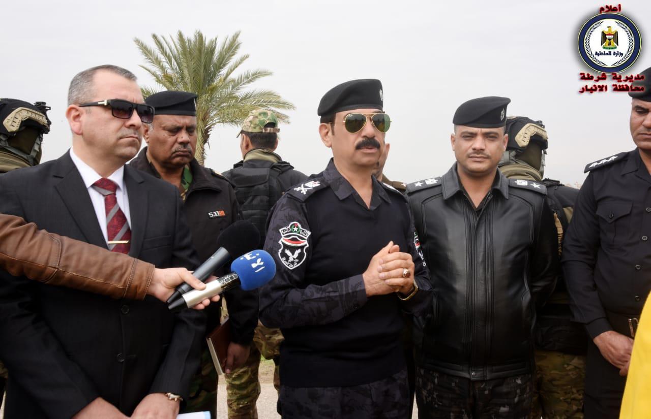 شرطة الأنبار تجري كشف دلالة لمجموعة إرهابية شرقي المحافظة