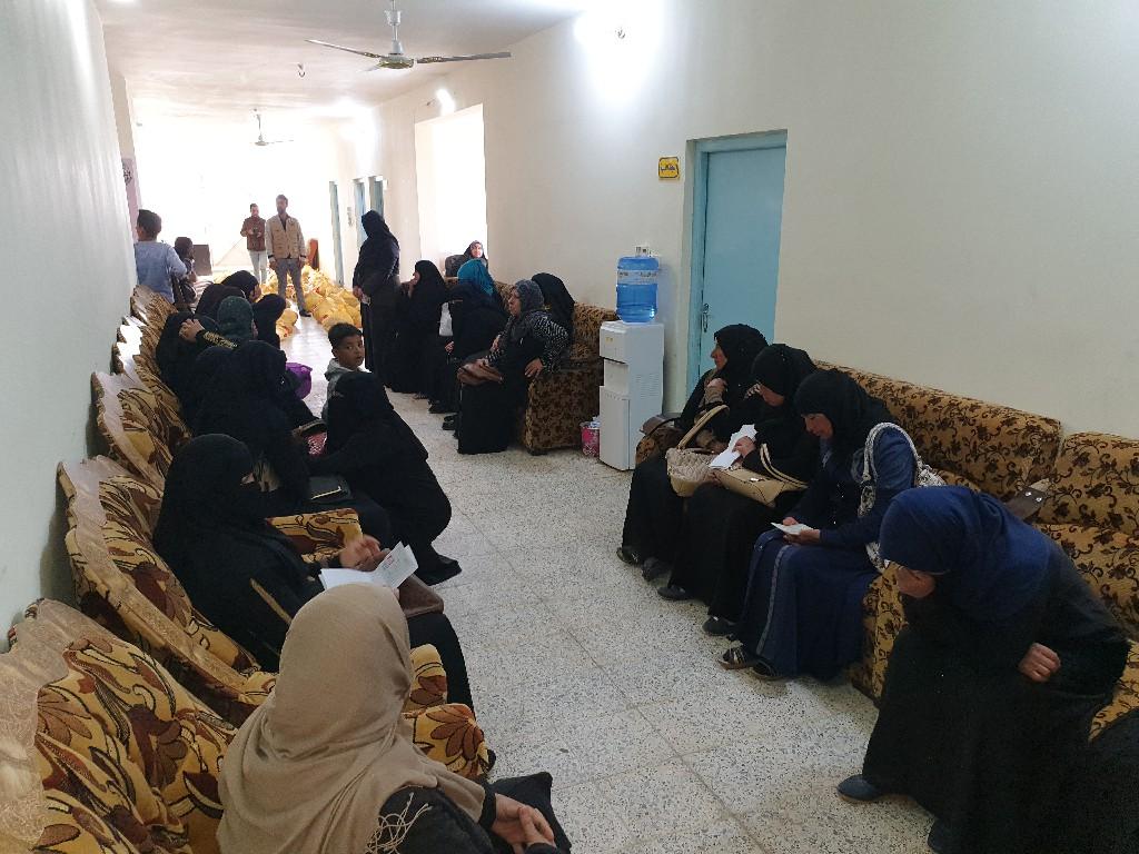 الفلوجة… الجمعية الخيرية توزع مساعدات اغاثية على العوائل المتعففة بالمدينة
