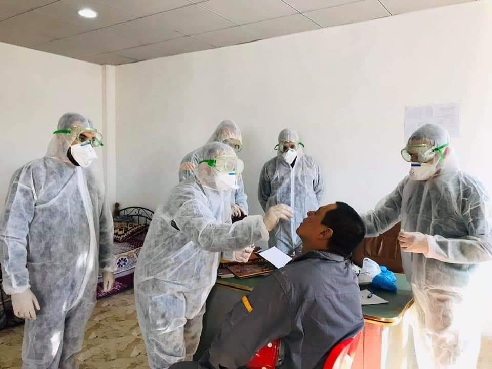 صحة الأنبار ترسل فريقا طبيا الى معمل سمنت لفحص عاملين صينيين