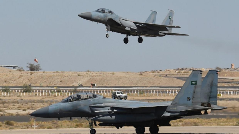 التحالف العربي يحمل الحوثيين مسؤولية سلامة طاقم المقاتلة السعودية