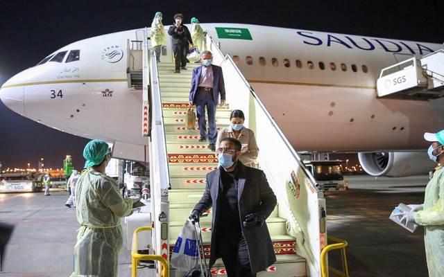 السعودية تعلن عودة فتح المنافذ البحرية والجوية