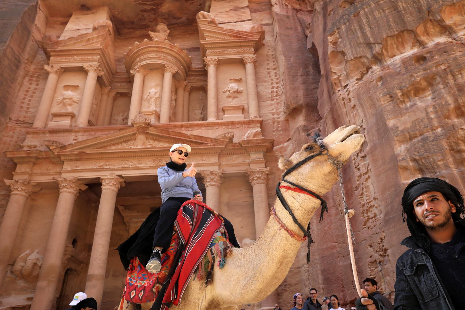تراجع الدخل السياحي الأردني 69.7 بالمئة خلال 4 أشهر