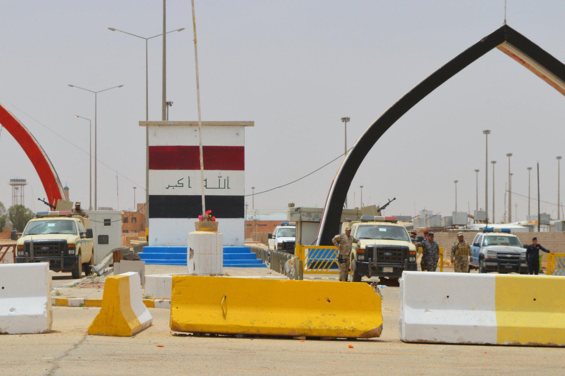 قائممقام الرطبة يعلن تحرير ناحية ومنفذ الوليد الحدودي مع سوريا