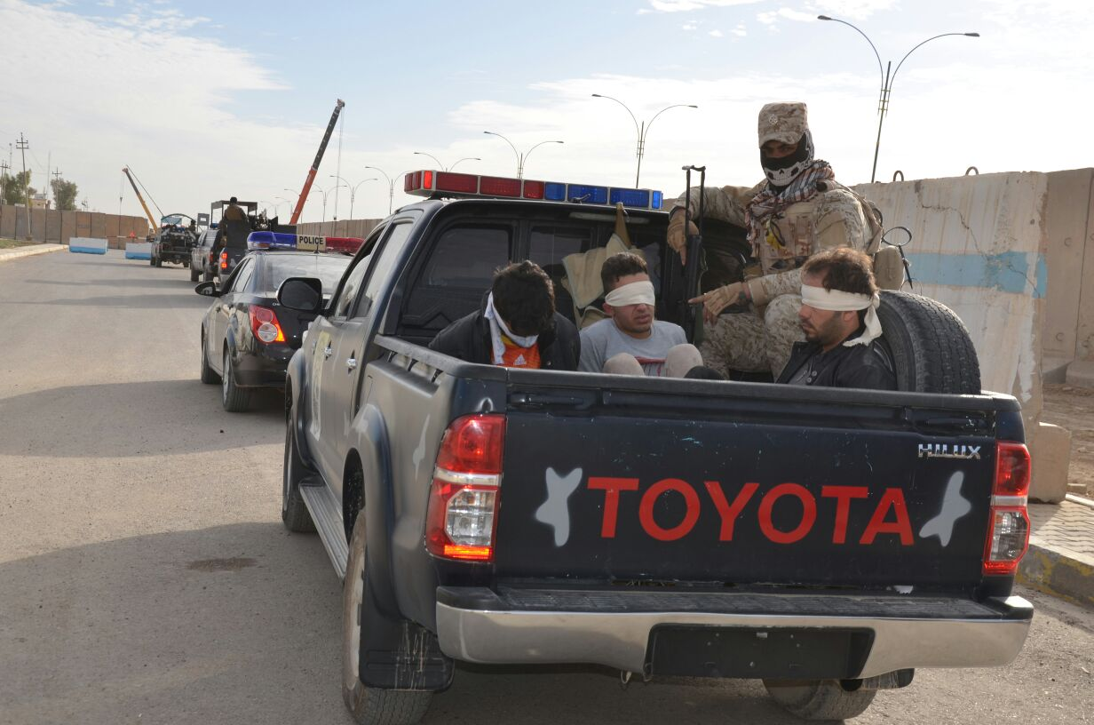 الأنبار.. اعتقال سبعة أشخاص مشتبه بهم شرق الرمادي