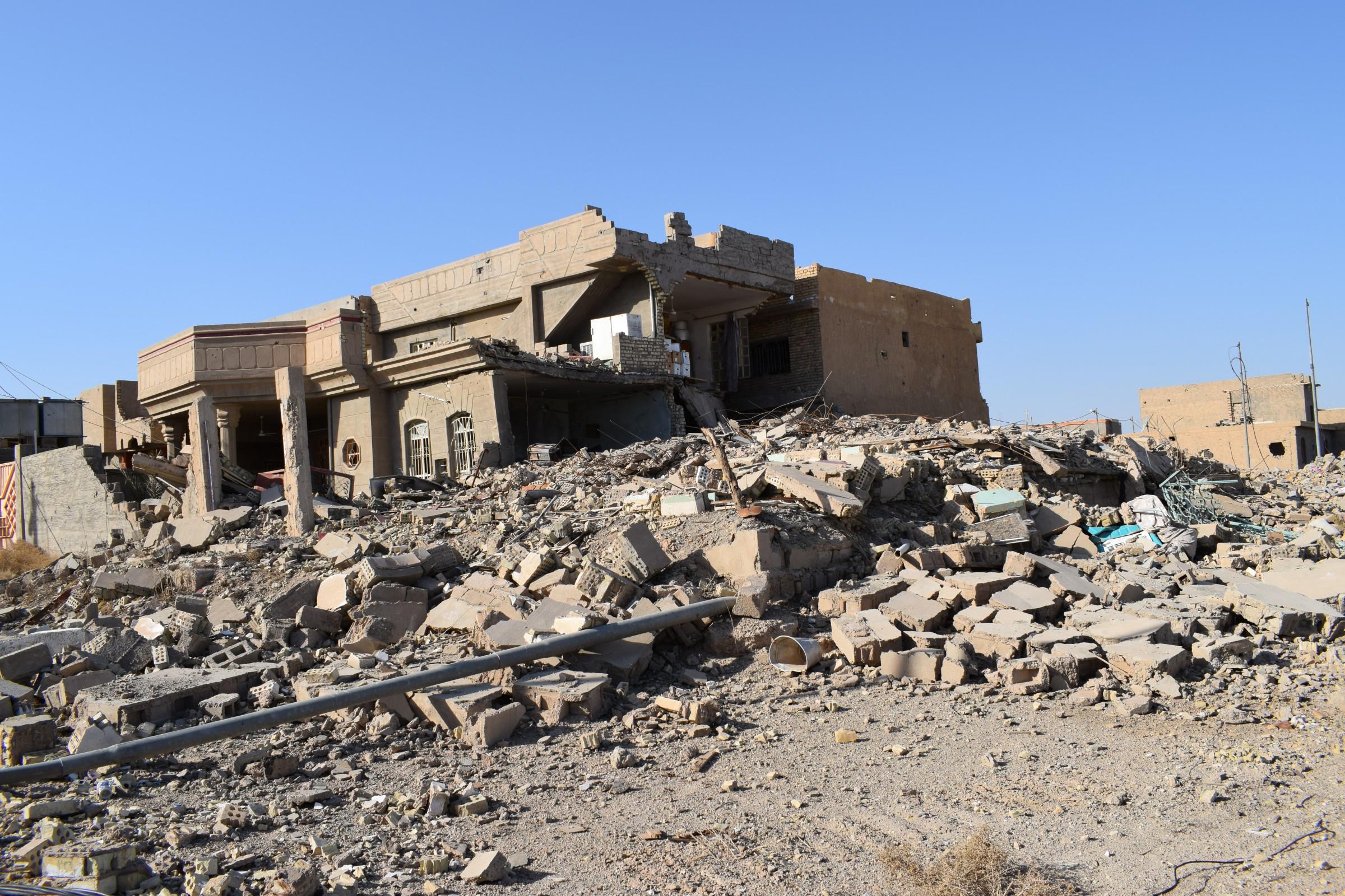 استشهاد مدني بانفجار منزل مفخخ جنوبي الفلوجة