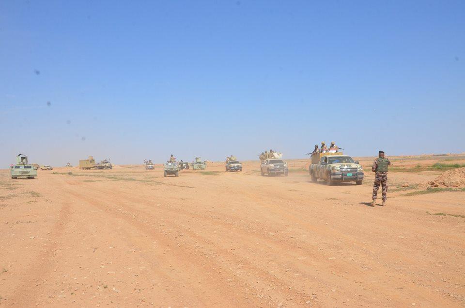 """تحرير """"مفرق الصكرة"""" غرب حديثة ورفع العلم العراقي فوقه"""