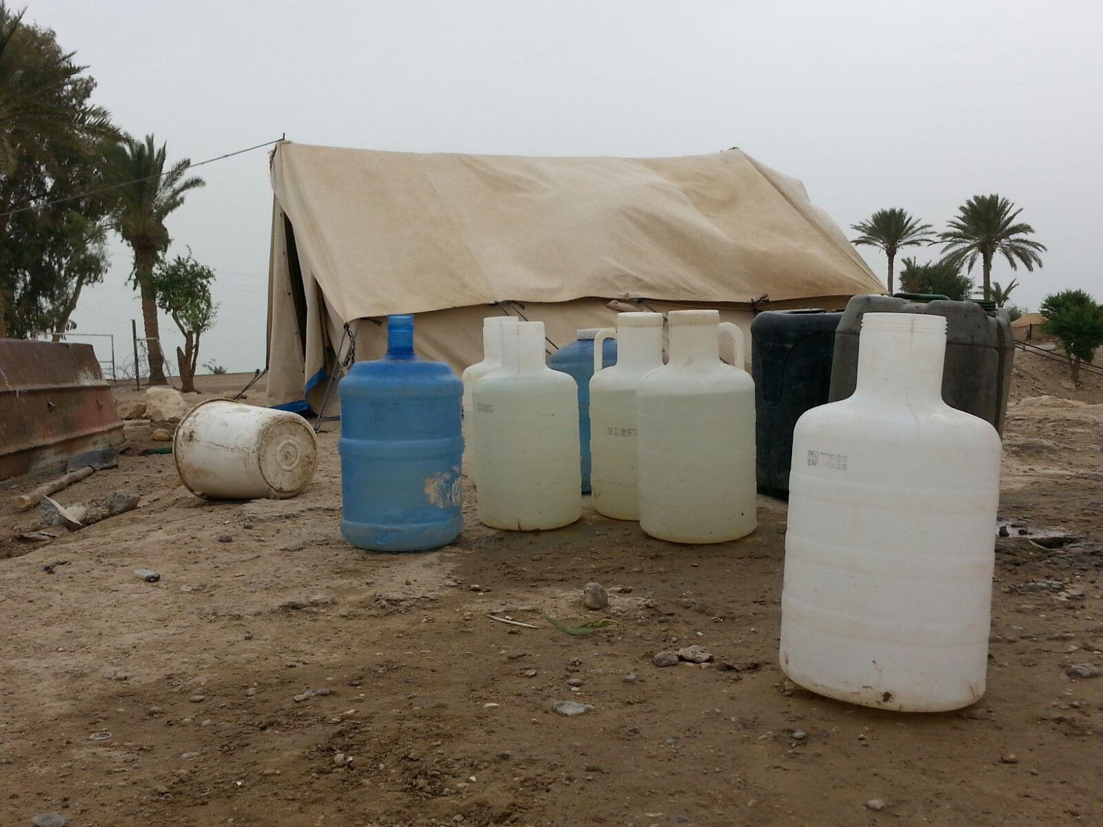 الكعود: عوائل البونمر ليس لديهم الماء والطعام بالمناطق التي عادوا اليها