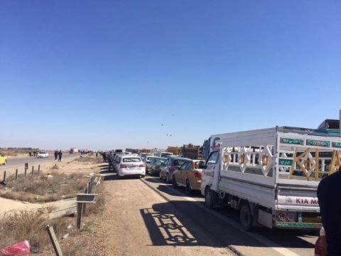 مسؤول محلي يطالب العبادي بالتدخل والسماح لأهالي الأنبار بالدخول الى بغداد