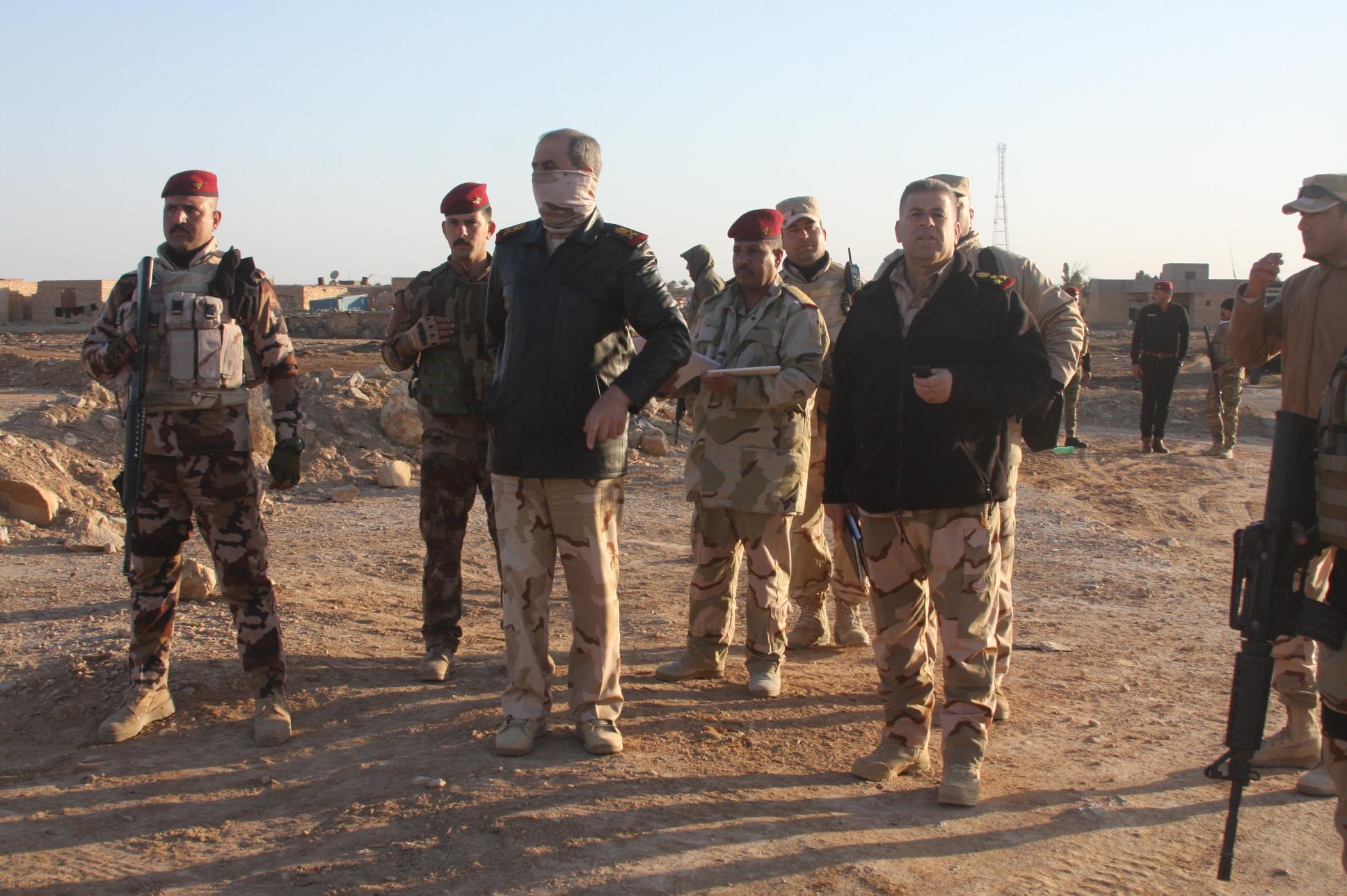 """عمليات الأنبار تعلن تدمير وحرق معسكر لـ""""داعش"""" جنوب شرق الرطبة"""