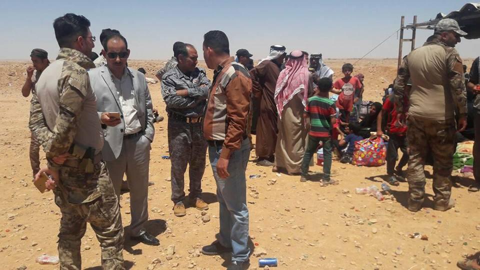 """قائممقام الرطبة يعلن فرار 45 أسرة من مناطق سيطرة """"داعش"""" في الأنبار"""