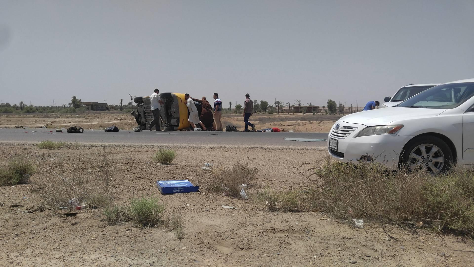 مصرع واصابة أربعة اشخاص في حادث سير غرب الفلوجة
