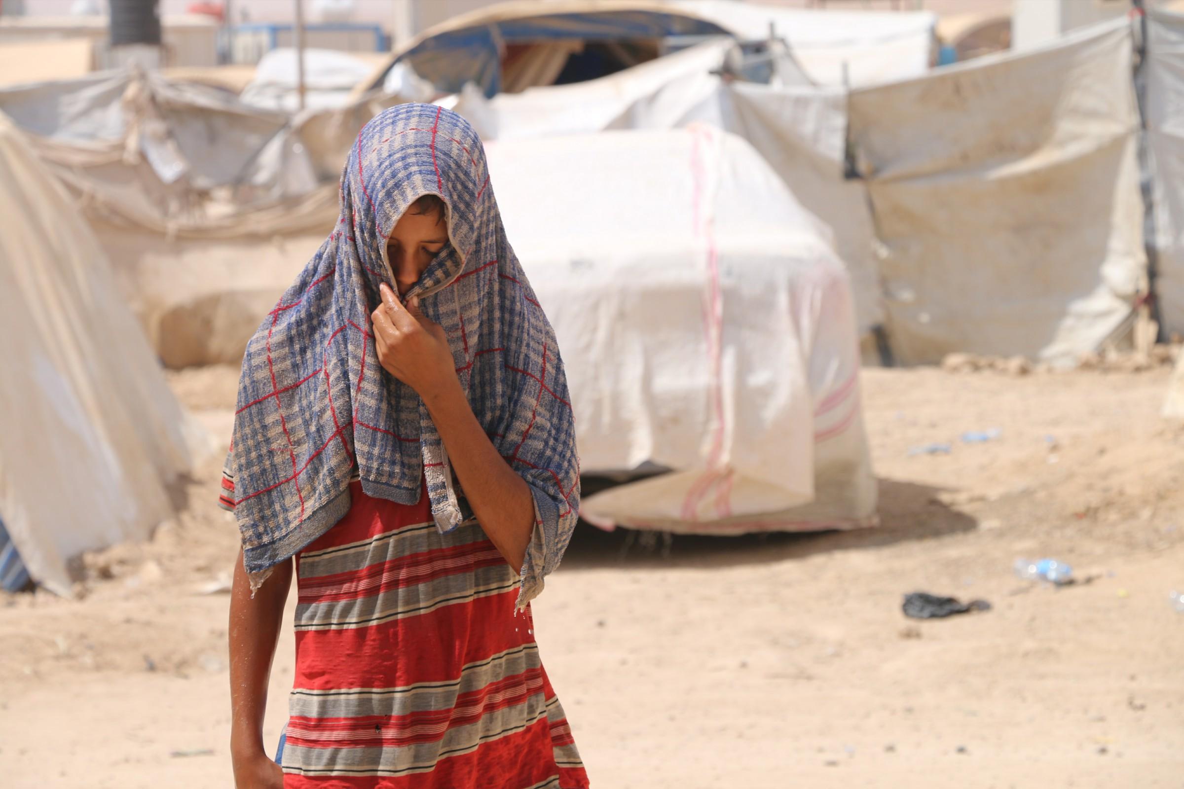 """اغلاق مخيم """"الـ60 كيلو"""" غرب الرمادي ونقل النازحين الى مخيم آخر"""