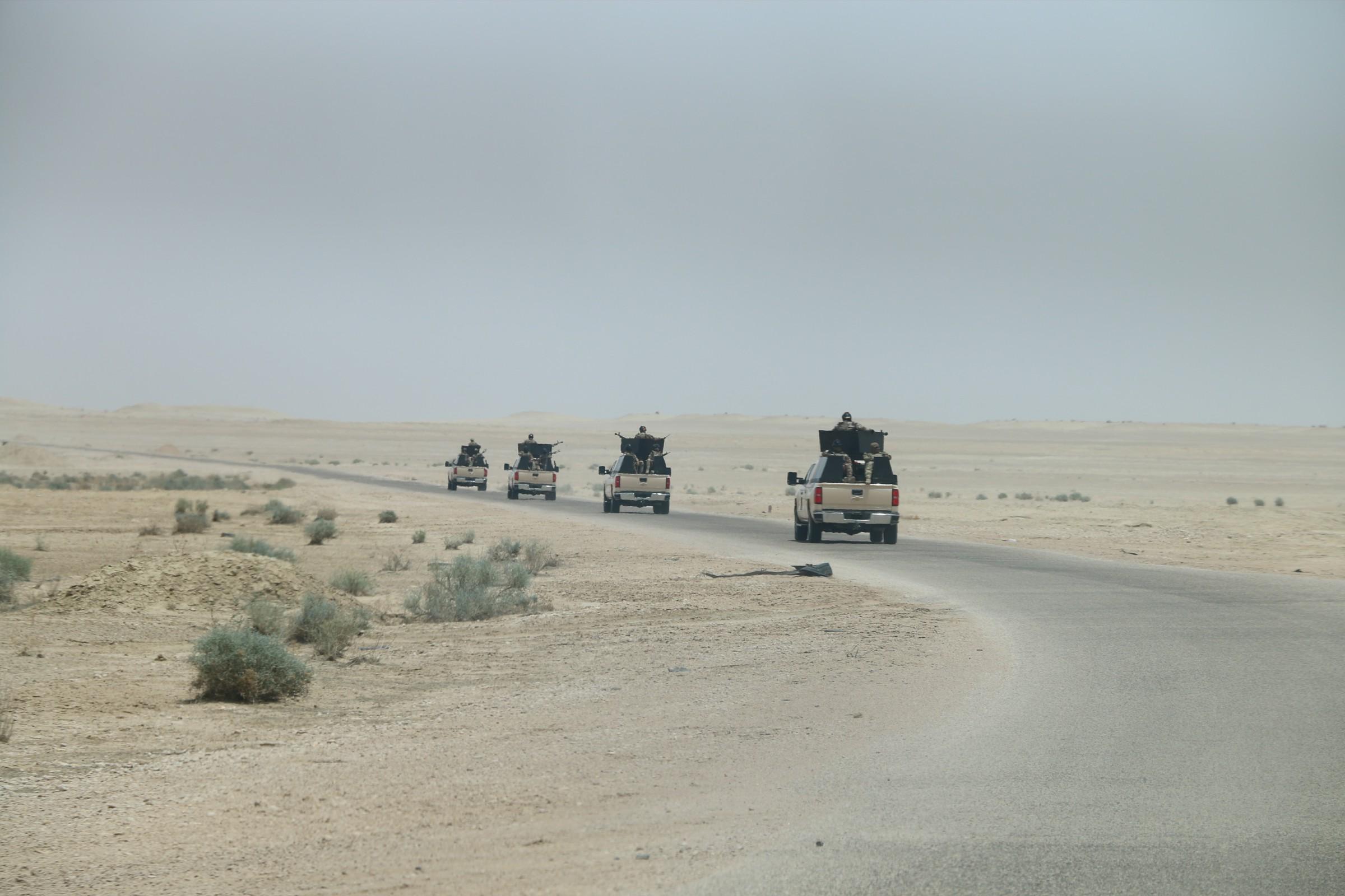 قوة من الجيش تباشر بتفتيش شمال غرب الرطبة