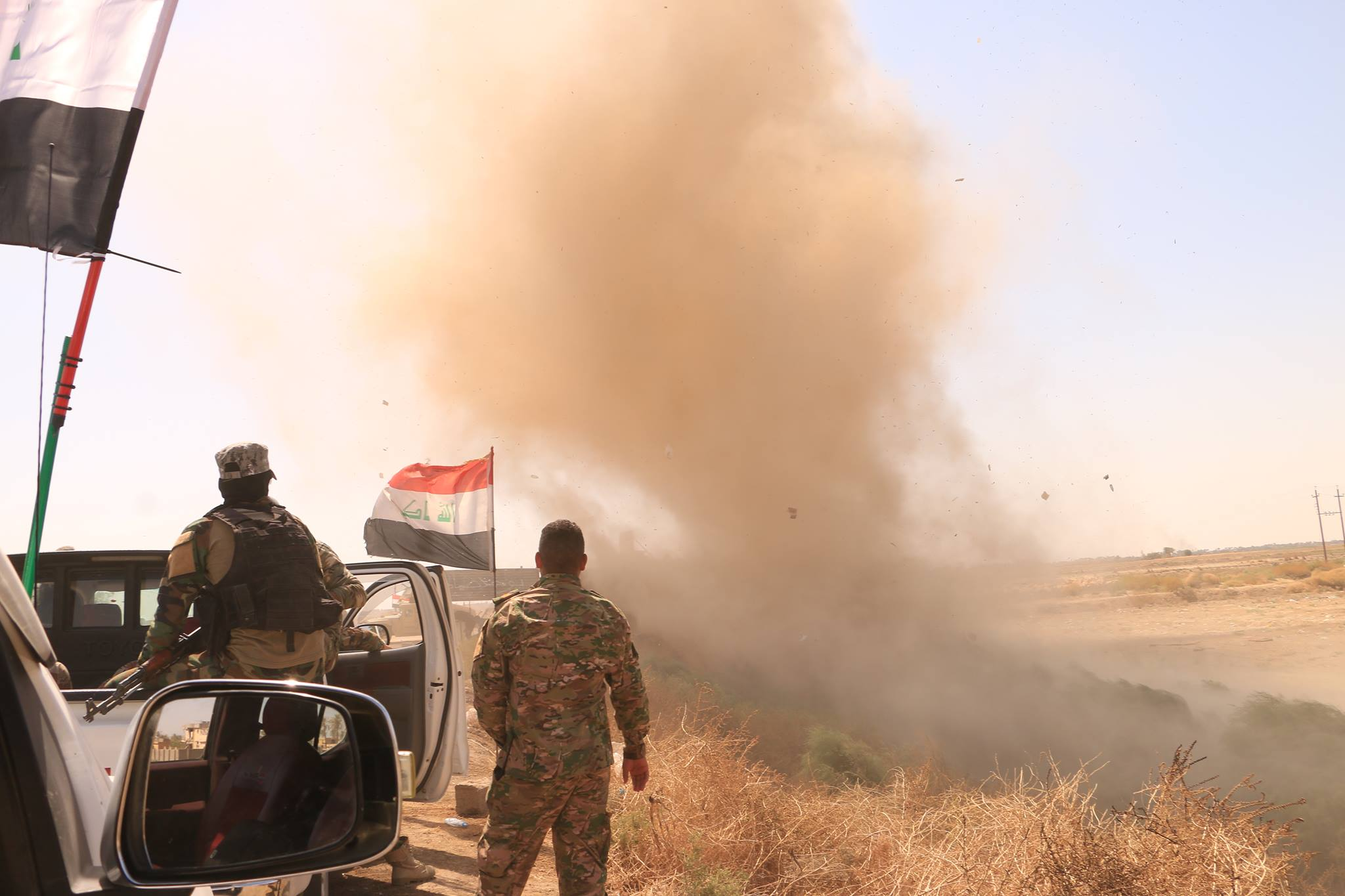 """""""درع الجزيرة"""" يقتل عنصرين من """"داعش"""" ويستولي على شاحنة محملة بالأسلحة بالأنبار"""