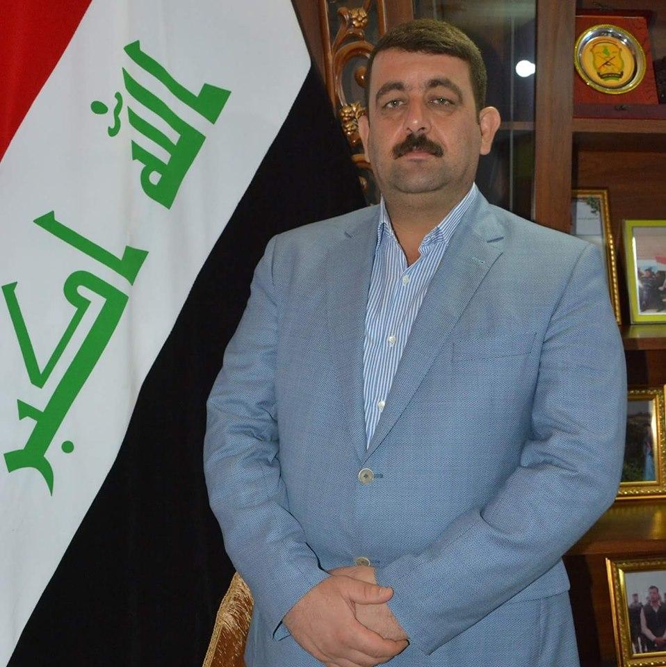 احمد عبد احمد يستقيل من منصبه