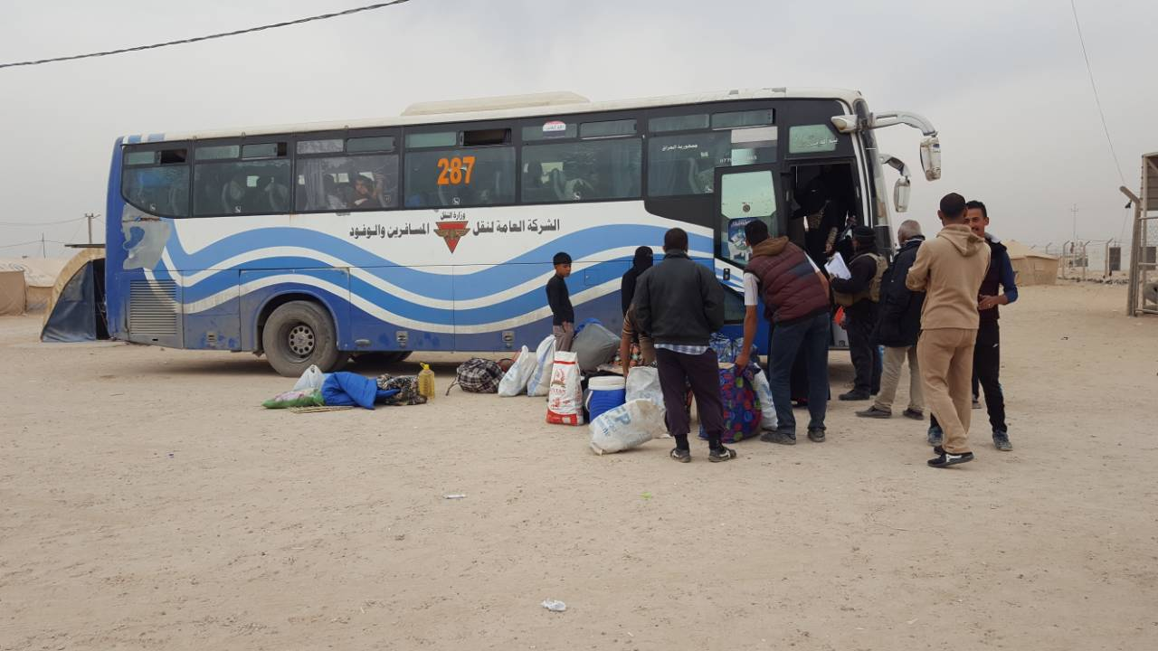 اعادة عشرات الأسر النازحة إلى مناطق حزام بغداد في الكرمة