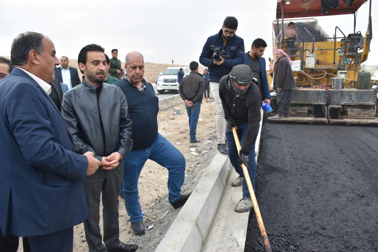 بالصور.. محافظ الانبار يتابع اعمال المشاريع