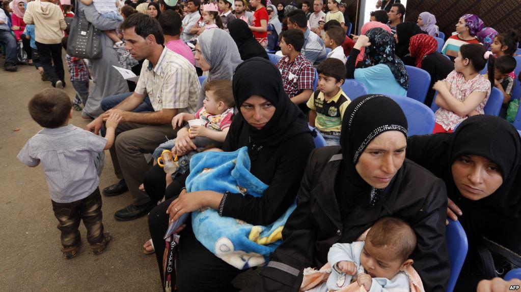 أوروبيون يدعون لاتباع الطريقة الأسترالية لمنع وصول طالبي اللجوء