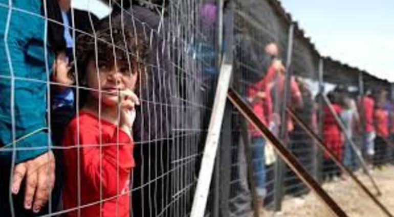 وزير الهجرة الاسترالي: طالبو اللجوء غير الشرعيين مرفوضون بما فيهم الأطفال