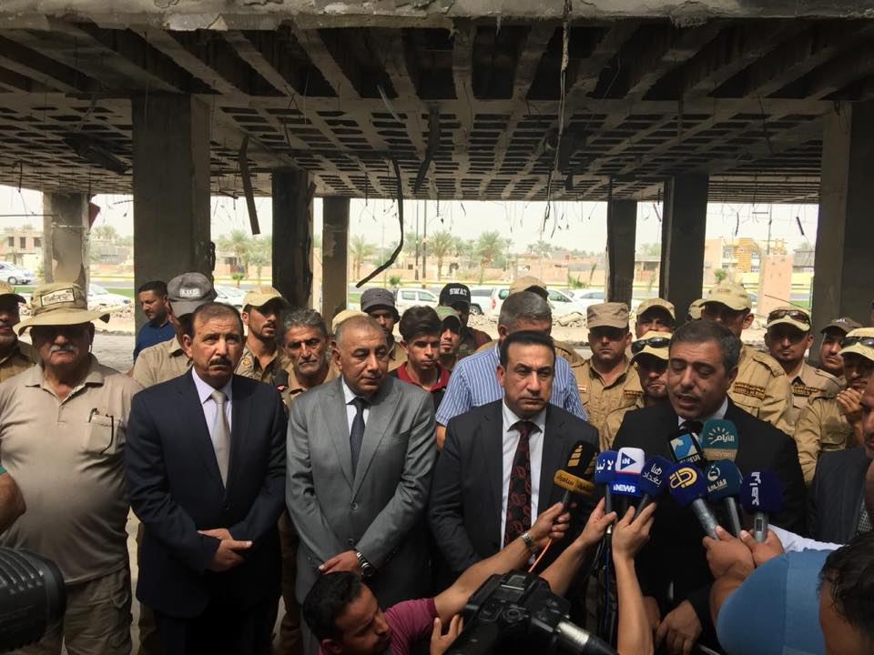 بالصور.. قائممقام الرمادي يعلن رفع مخلفات داعش من المعجل السرطاني