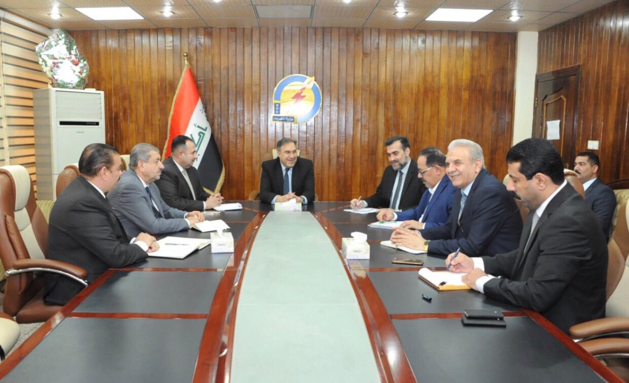 وزير الكهرباء: يقف على استعدادات مشاركة الوزارة معرض بغداد الدولي
