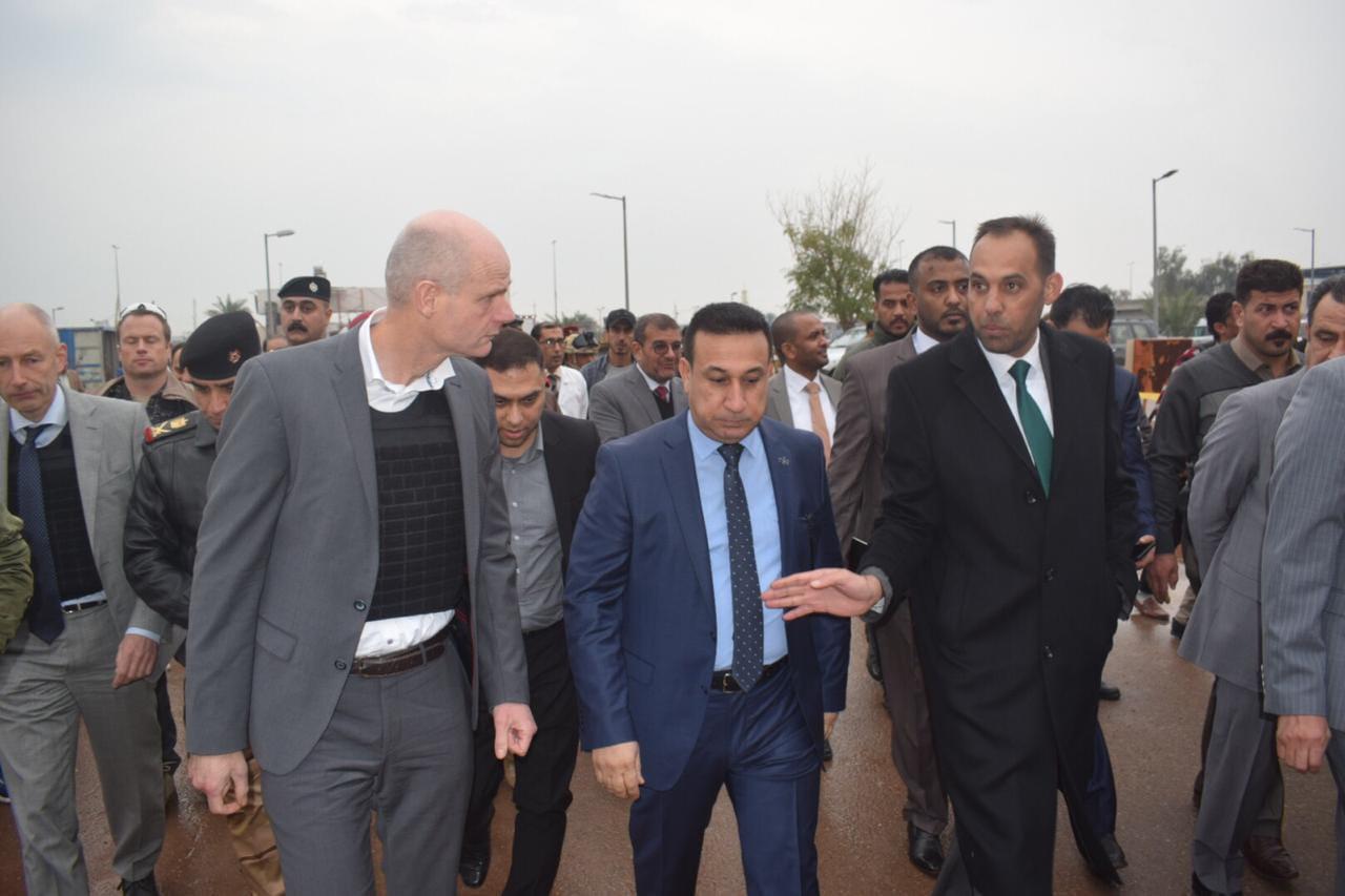 الأنبار.. وزير الخارجية الهولندي يتفقد مستشفى الفلوجة والجسر القديم