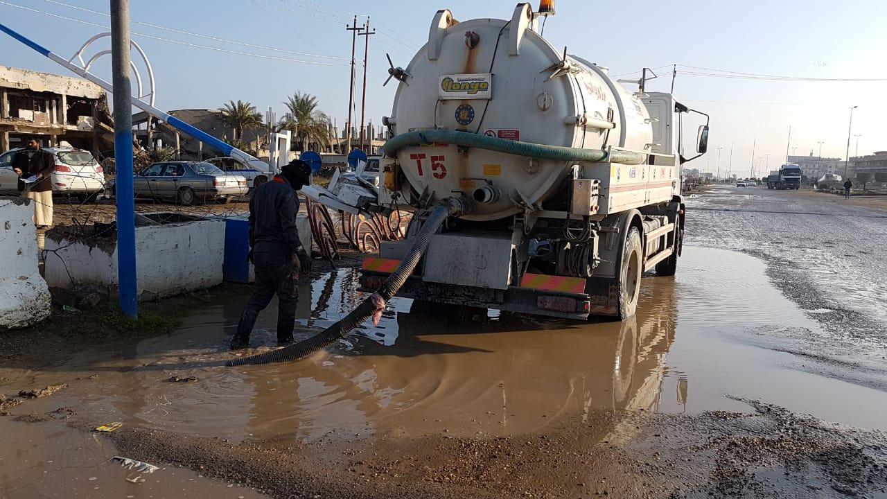 مجاري الفلوجة تنفذ حملة تنظيف وتسليك مجموعة من خطوط المجاري بالمدينة