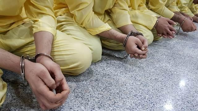 بالصور… مديرية استخبارات ومكافحة ارهاب الأنبار تعتقل خلية ارهابية